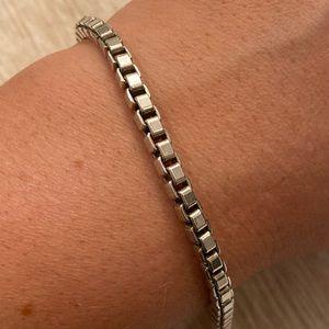 Tiffany Venetian Link bracelet 7.5in